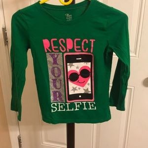 Super cute long sleeve graphic T-shirt
